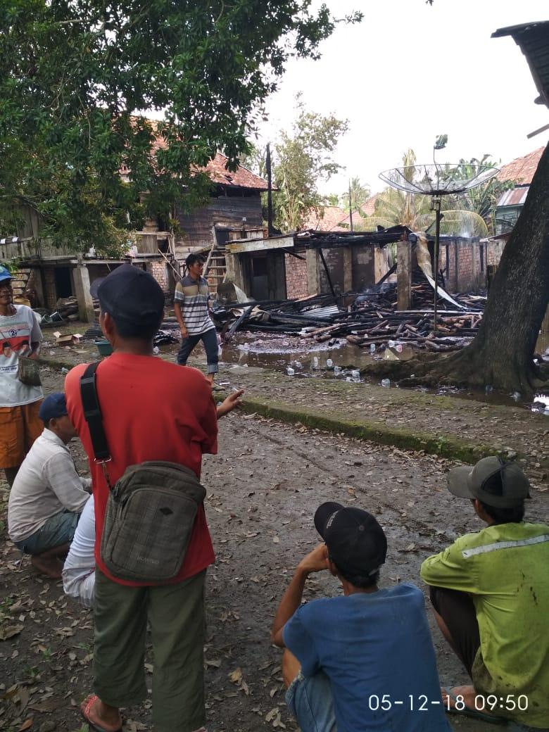 Uang Batamudin Dan Wanto Dalam Lemari Ikut Terbakar