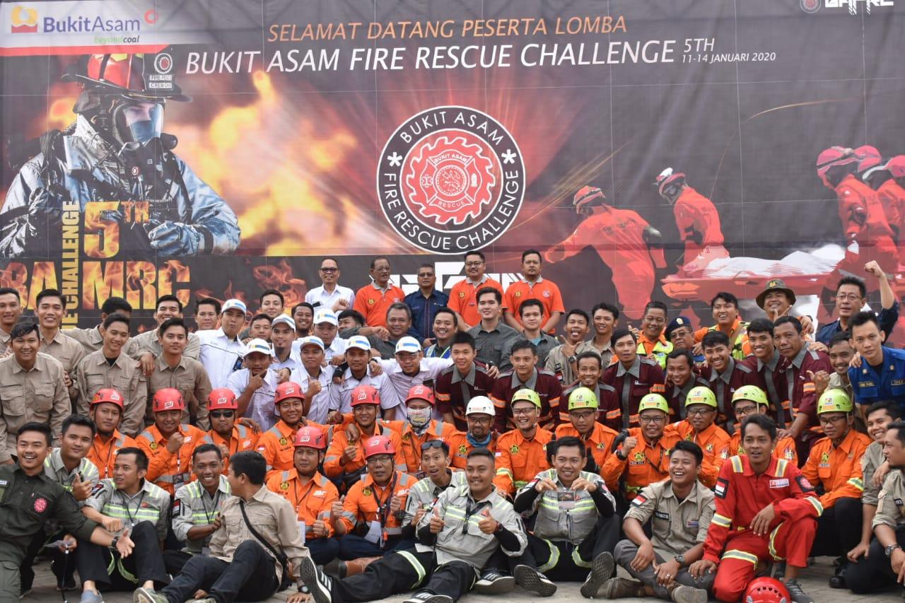 PTBA Gelar Lomba Fire Rescue Challence Ke 5