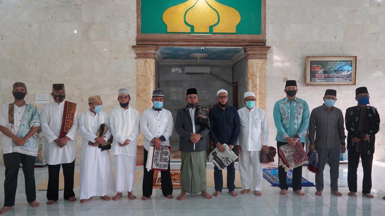Plt. Bupati Muara Enim H. Juarsah Shalat Idul Adha di Lingkungan Rumah Dinas