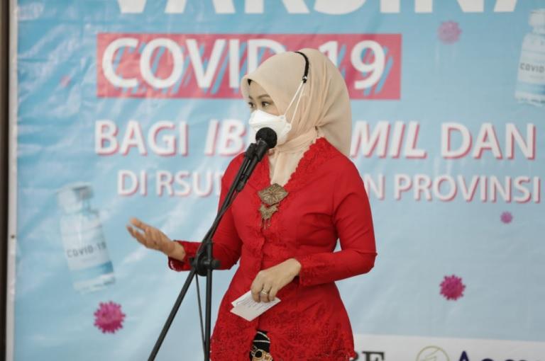 Atalia Ridwan Kamil Tinjau Vaksinasi Massal bagi Ibu Hamil dan Menyusui di RSUD Al-Ihsan