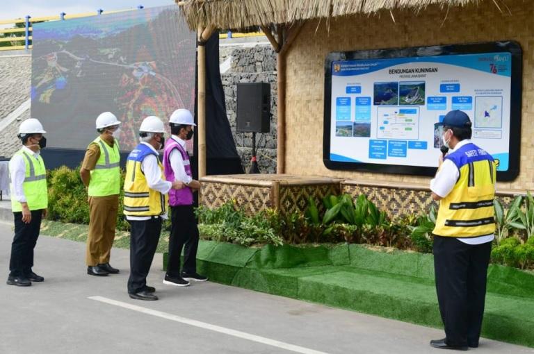 Presiden Jokowi Resmikan Bendungan Kuningan Mengairi 3.000 Hektare Sawah di Jabar dan Jateng