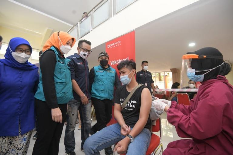 Vaksinasi Kolaborasi Sasar Pelajar dan Masyarakat Umum