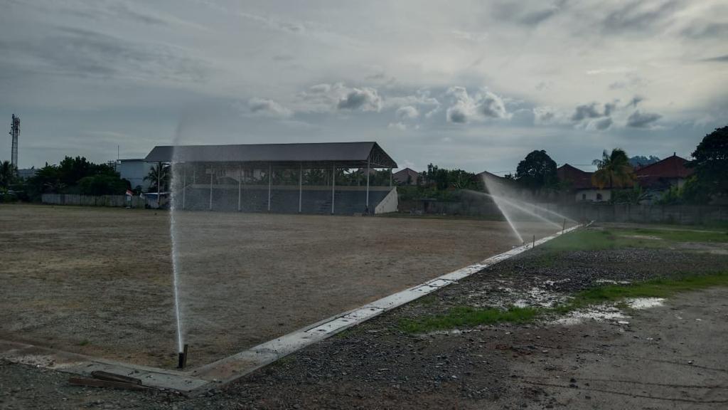 PTBA Gontorkan Dana 2, 2 Miliar Rebab Lapangan Sepakbola Saringan