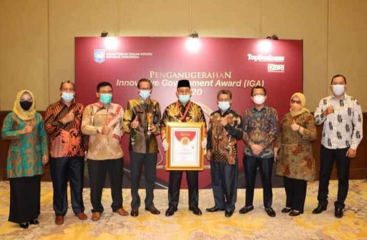 Bupati Terima IGA 2020, Raih Kabupaten Sangat Inovatif di Indonesia