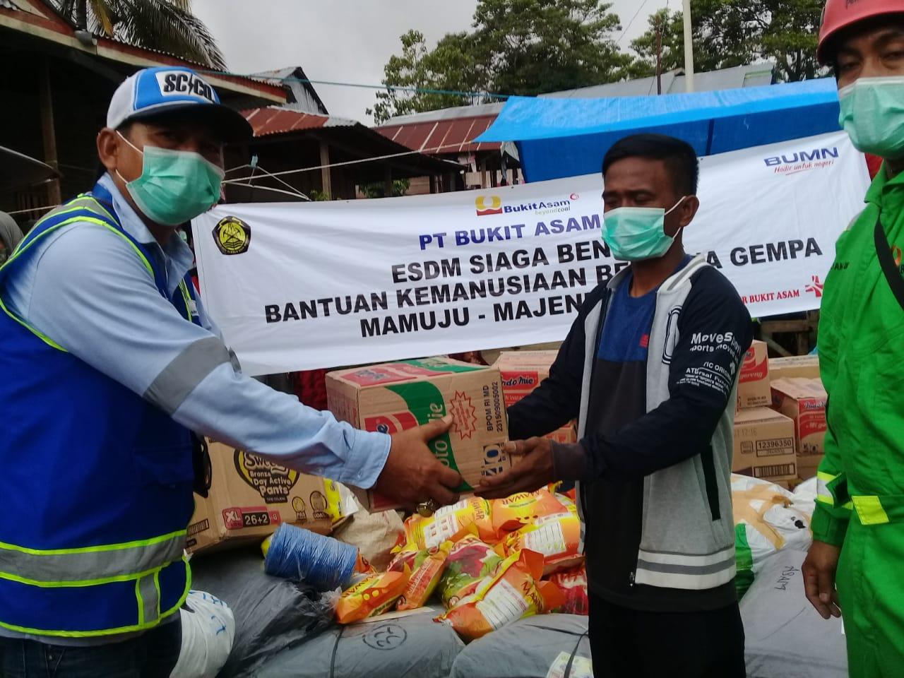PTBA Kirim Bantuan untuk Korban Bencana Alam di Sulbar & Kalsel