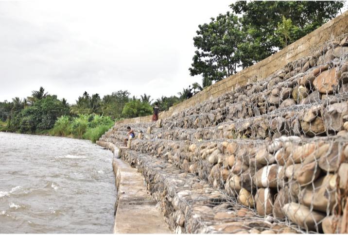 Berkat Bantuan Bronjong Dari PTBA, Warga Tanjung Agung Tak Khawatir lagi Beraktivitas Di Pinggiran Sungai