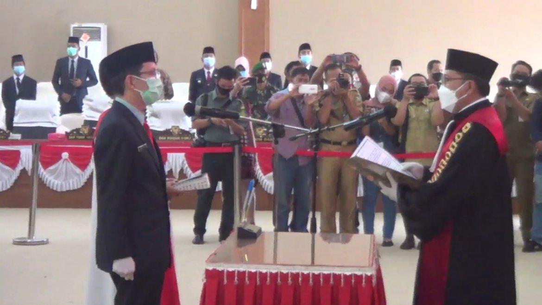 Liono Basuki Resmi Jabat Ketua DPRD Kabupaten Muara Enim