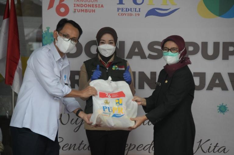 Jabar Bergerak Terima Donasi dari Kementerian PUPR Untuk Nakes, Sopir Ambulans, Petugas Permakaman