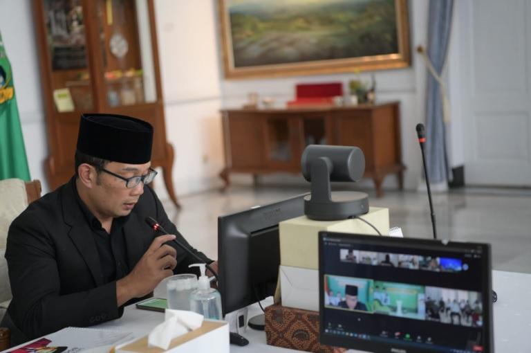 Pemda Prov Jabar Beri Kadeudeuh Kafilah MTQ Jabar