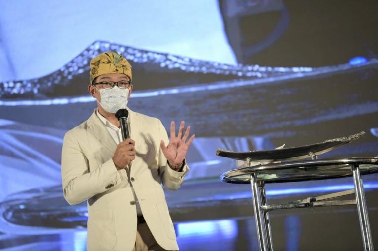 Ridwan Kamil Ajak Nasabah Prioritas Bank bjb Juga Beli Produk UMKM Bali
